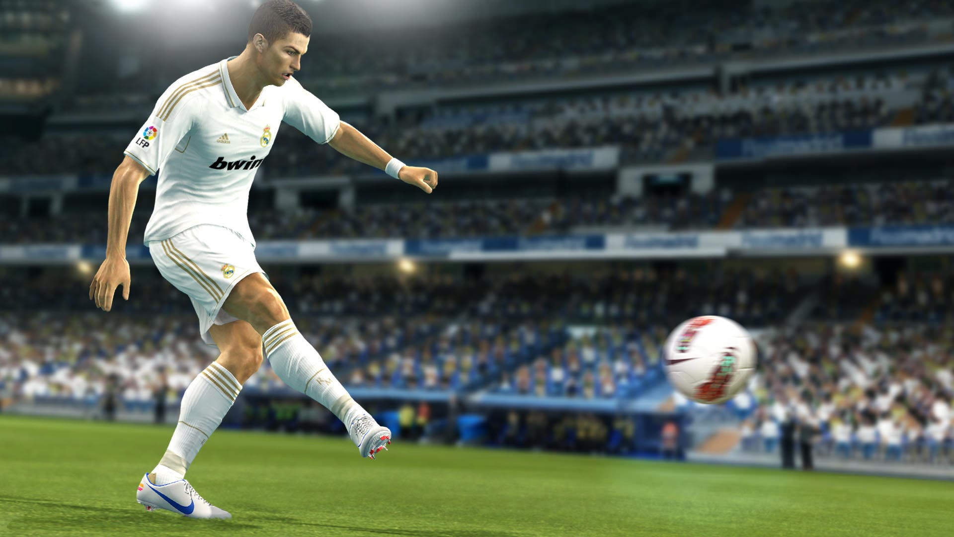 Pro Evolution Soccer 2013 no se lanzarán de momento para Wii U ni PS Vita