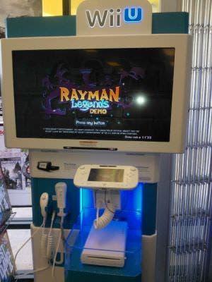 Imagen del stand de demostración de Wii U que distribuye Nintendo