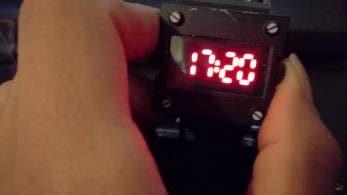 Unboxing del reloj de 'Zero Time Dilemma' incluido con su reserva