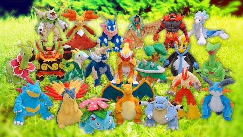 Todas las formas evolucionadas de los Pokémon iniciales tendrán nuevos peluches en los Pokémon Center de Japón
