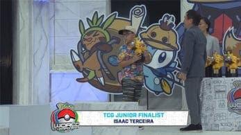 El trofeo de uno de los finalistas del Campeonato Mundial Pokémon 2019 se rompe en el escenario