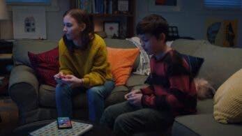 La carencia de un chat de voz online propio queda patente en los comerciales de televisión de Nintendo